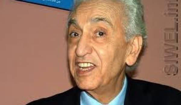 Hocine Aït Ahmed, président du Front des forces socialistes.