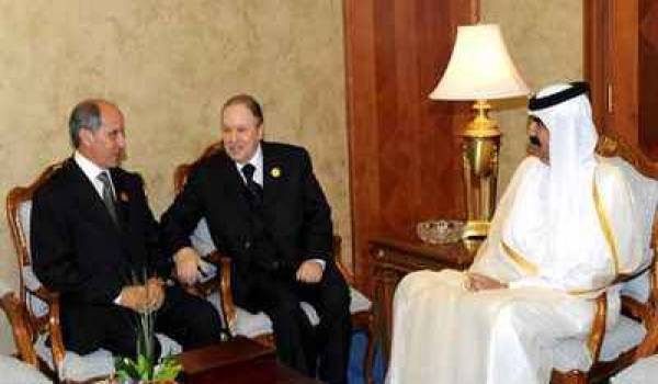 Abdeljalil, Bouteflika et Cheikh Ahmad Khalifa Thani du Qatar, à Doha.