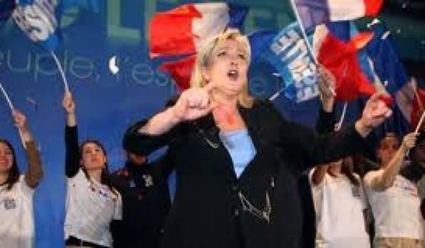 Marine Le Pen, héritière politique de Jean Marie Le Pen, président perpétuel du FN français.