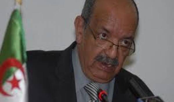 """Messahel: """"Les migrants clandestins constituent une menace pour la sécurité nationale"""""""