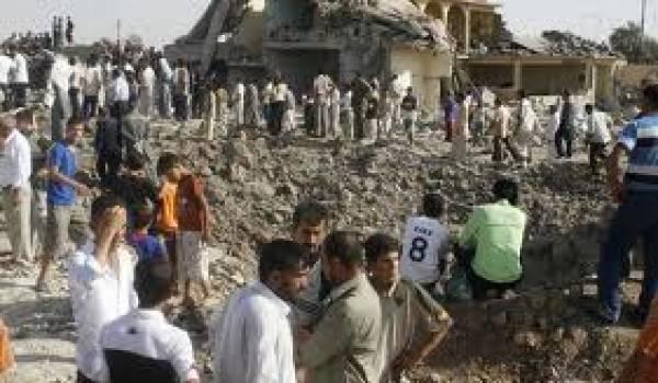 Sept personnes sont tuées dans l'attentat.