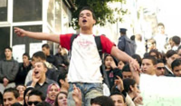 La chronique de Sarah : A Tizi Ouzou, la grève a repris et s'est réorganisée