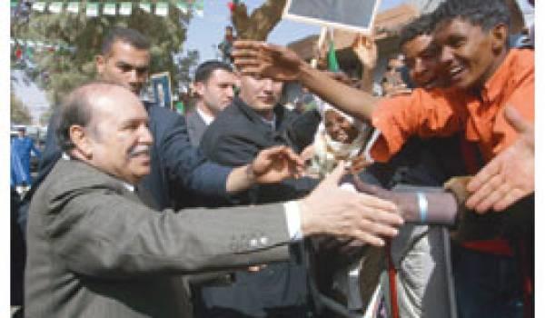 Bouteflika et les tentations Gaulliennes   Par Larbi  Chelabi
