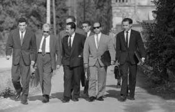 Les premiers vrais contacts franco-algériens durant la guerre dans GUERRE D-ALGERIE