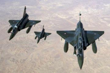 Crise Malienne - risque de partition - Page 40 Aviation_979286974