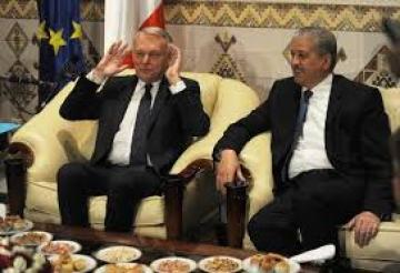 Abdelmalek Sellal et Jean-Marc Ayrault, premier ministre français